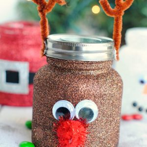 Christmas Treat Jars-Cute Mason Jar Crafts for Kids
