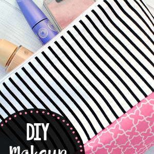 DIY Makeup Bag Pattern and Tutorial-Easy to follow instructions to make this cute cosmetic bag pattern. #sew #sewing #patterns #sewingpattern #bagstosew