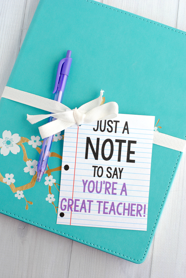 Note Teacher Appreciation Gift Idea-Grab a cute notebook and pen and add this printable tag for a cute and easy teacher gift idea! #teacherappreciation #teachergifts