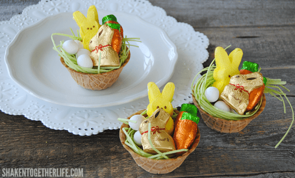 mini-edible-Easter-baskets-featured