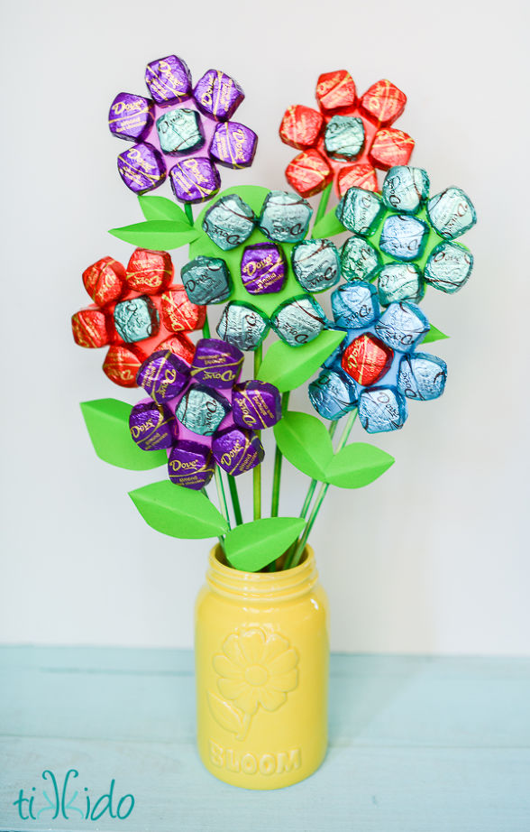 easy-mother-s-day-spring-chocolate-bouquet-crafts-flowers-how-to