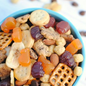 Easy Kid's Snack Mix