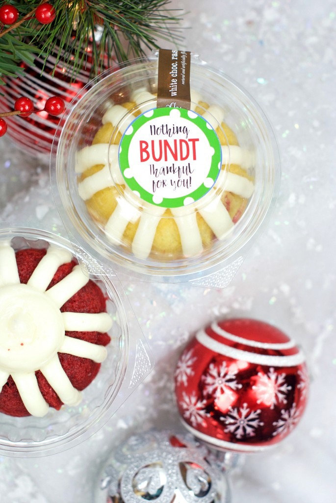 Christmas Bundt Cake Gift Idea