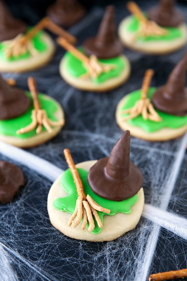 melted-wicked-witch-cookies-1