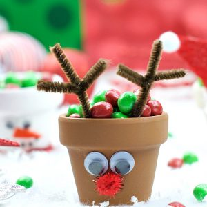 Christmas Kid's Craft: Holiday Character Candy Pots
