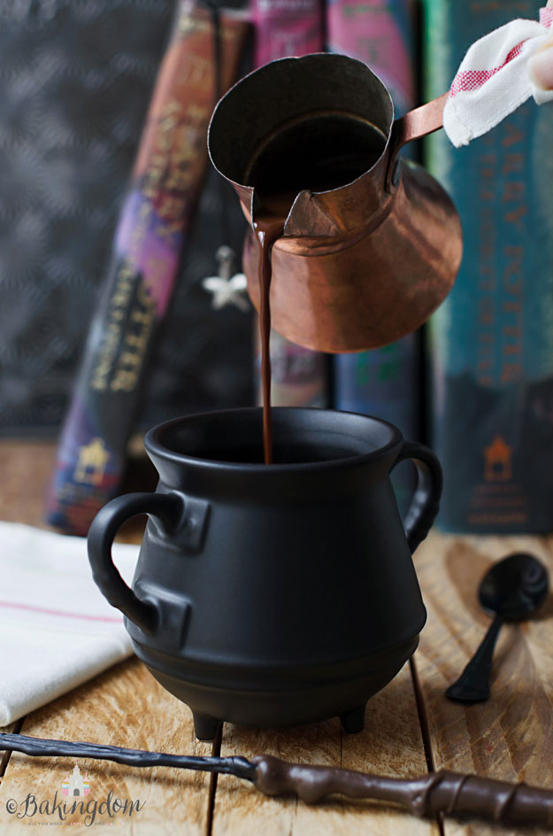 Butterscotch-Hot-Chocolate-by-Bakingdom