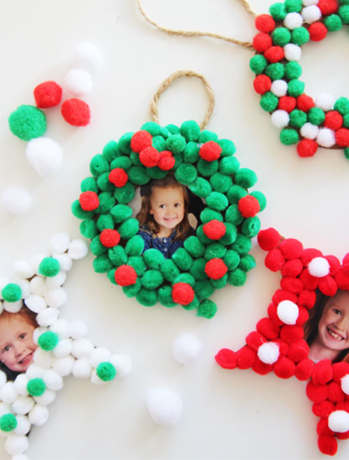 Yarn Pom Pom Wreath