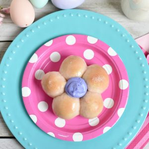 Cute Flower Sweet Rolls-Great Easter or Mother's Day Brunch Idea