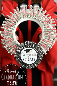 Money Graduation Gift Ideas: Money Wreath