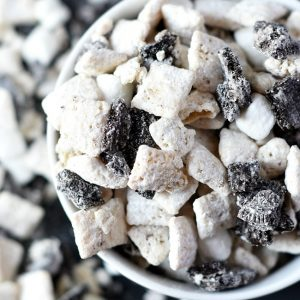 Muddy Buddies Cookies and Cream