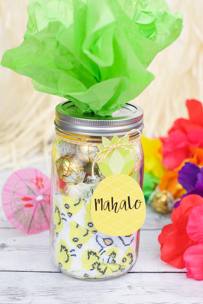 Mahalo Pineapple-Themed Thank You Gift Idea