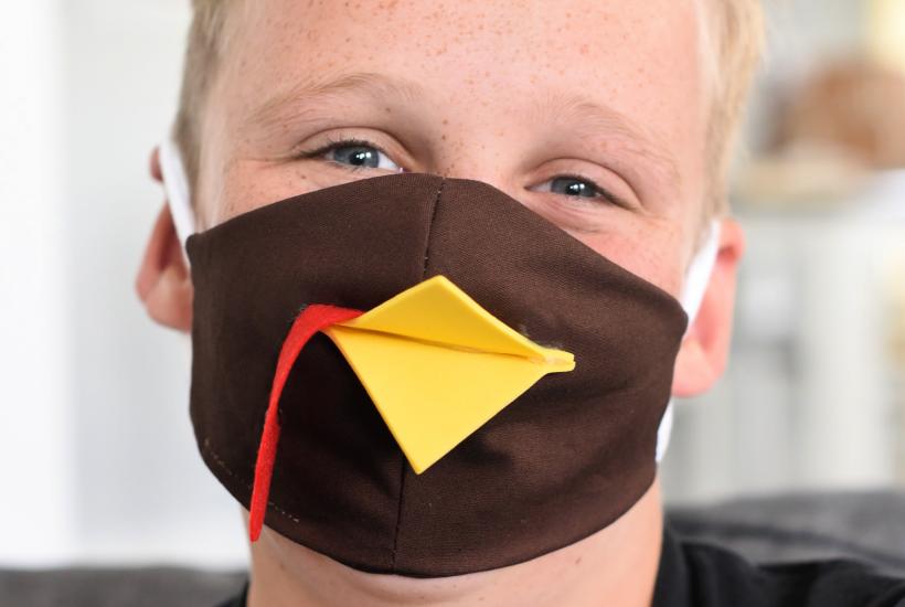 Easy Thanksgiving Turkey Face Mask
