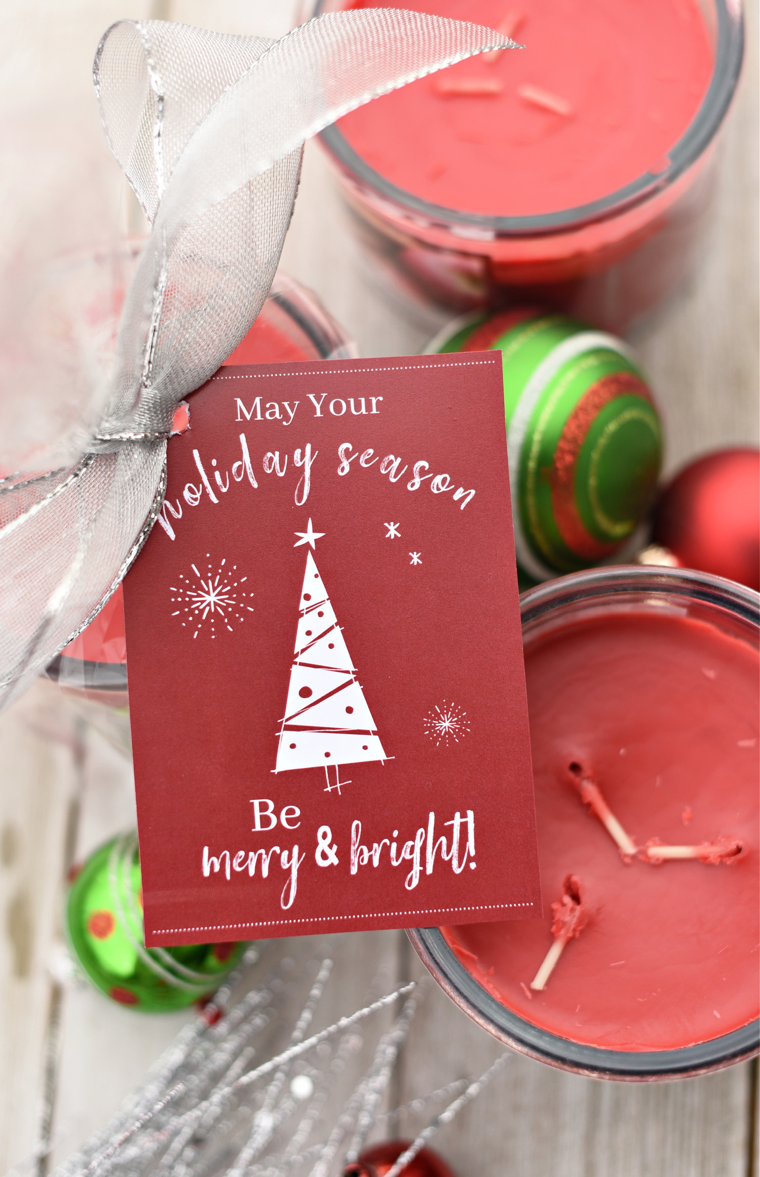 Merry & Bright Neighbor Gift Idea: Add this tag to a candle and you're all set!